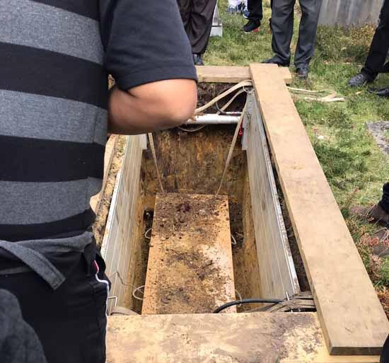 farzana burial4